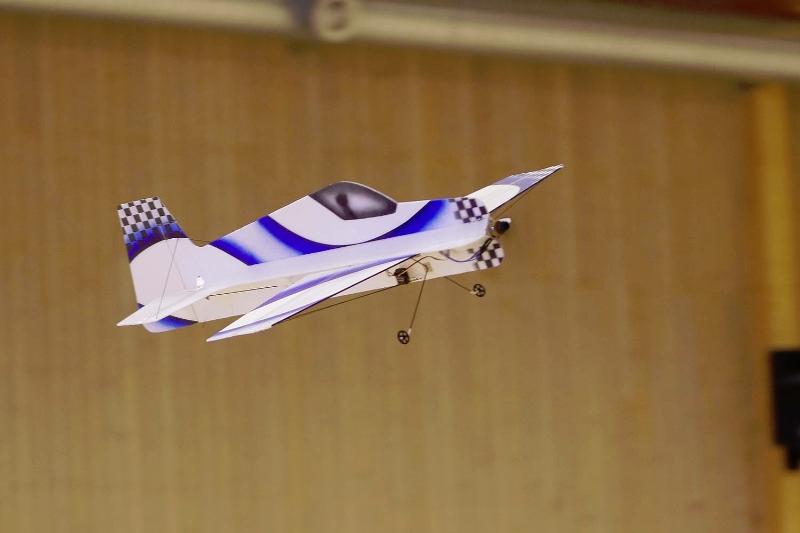 flyg-18